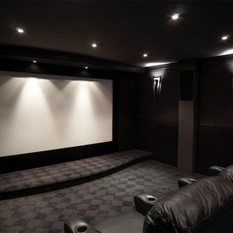 Luxury Home Theatre Screen